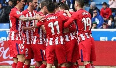 Gameiro rescata al Atlético ante un combativo Alavés