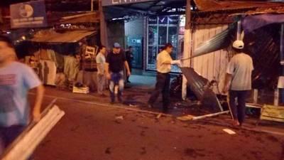 Desalojan puestos informales ubicados sobre la Avenida Rodríguez de Francia
