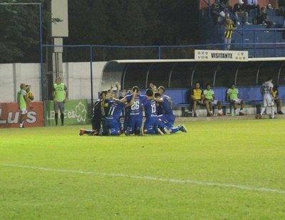 Independiente gana después de seis fechas