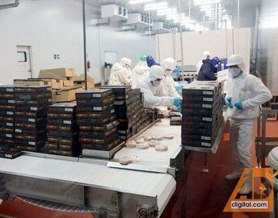 Rosca corrupta estaría detrás del ingreso de carne de contrabando desde Brasil