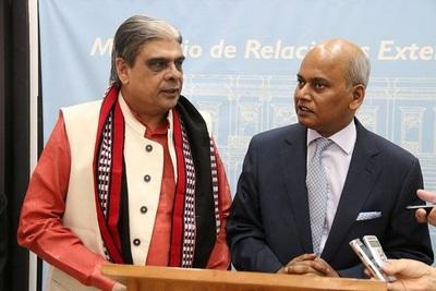 Ministro hindú de visita oficial al Paraguay