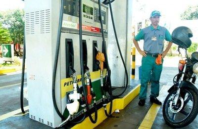 Leite: no subirá el combustible
