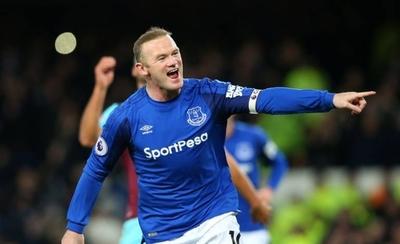 HOY / Everton asegura que Rooney no ha pedido salir del club
