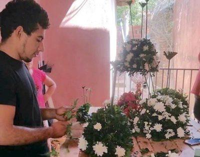 Harán curso de arreglos de flores