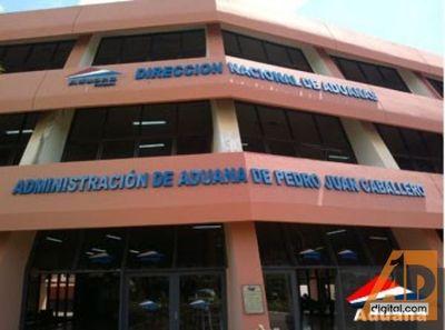 Imputan a funcionarios  de Aduana y a una despachantes por contrabando de carne
