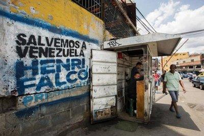 Venezuela va a elecciones con Maduro favorito