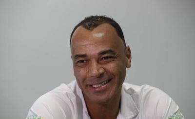 HOY / Cafú cree que Brasil ya superó el 'accidente' del 1-7