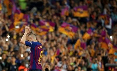 HOY / Iniesta se despide con una gran fiesta en el Camp Nou