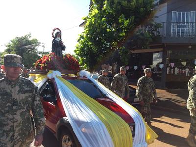 Con actividades religiosas y  cívicas honran a Santa Rita