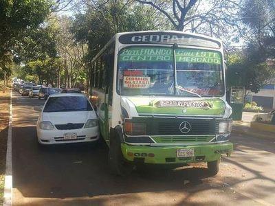 Bus protagoniza choque