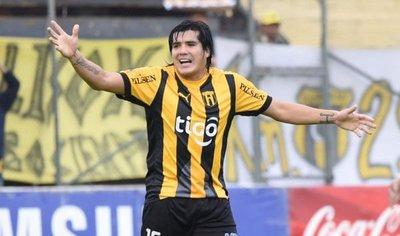 Fidencio Oviedo pidió disculpas y se reintegró