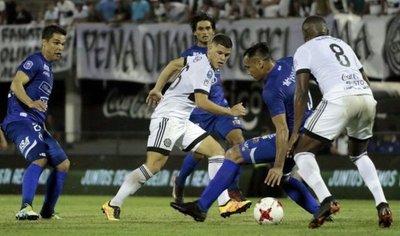 Olimpia y Cerro jugarán sus partidos en simultáneo