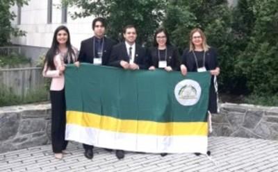 Representantes de derecho participan en concurso interamericano en Washington