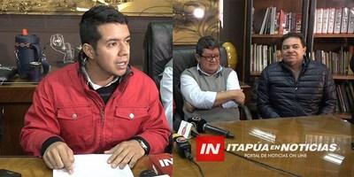 CONCEJALES OFICIALISTAS EN DESACUERDO EN LA DENUNCIA PRESENTADA A LA FISCALÍA.