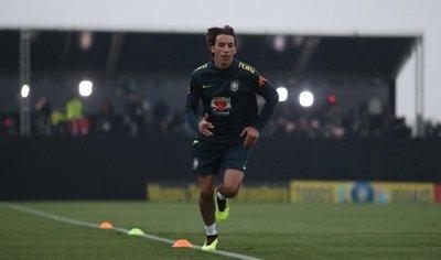 Tite comienza a preparar a Brasil con 11 jugadores en la cancha