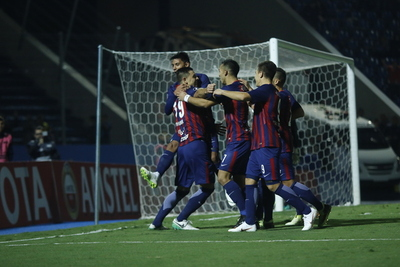 Cerro Porteño ganó, pero quedó segundo en su grupo