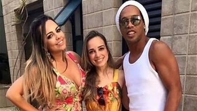 PAREN TODO: Ronandinho se casará con dos mujeres en agosto