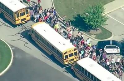 Al menos dos heridos en un tiroteo en una escuela de Indiana