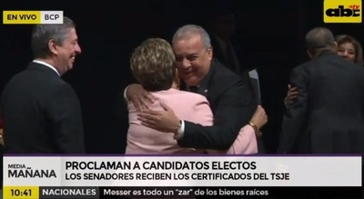 Oviedo Matto vuelve a hablar como senador