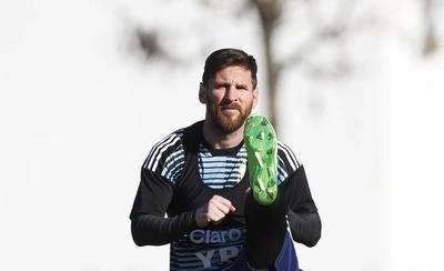 """HOY / Messi tiene """"fe"""" en su equipo para el Mundial pero asume no son """"los mejores"""""""