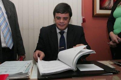 Corte acepta renuncia de Hugo Sosa Pasmor