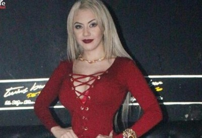 Eli Villagra volvió a posar como Barbie