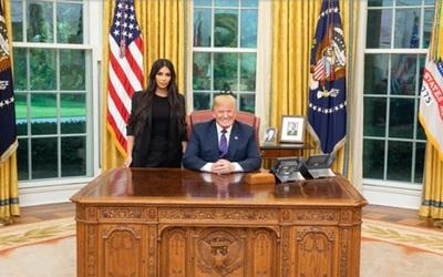 Trump indultó a una condenada a cadena perpetua por pedido de Kardashian