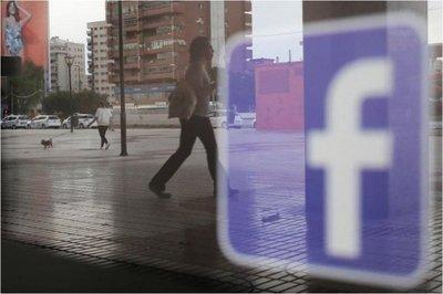 Facebook recluta rostros de CNN, Fox y Univision para programas de noticias