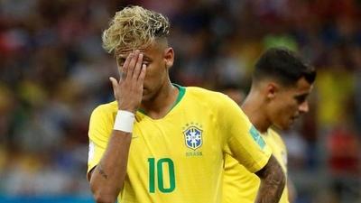 HOY / Siete claves para entender el pálido debut de Brasil