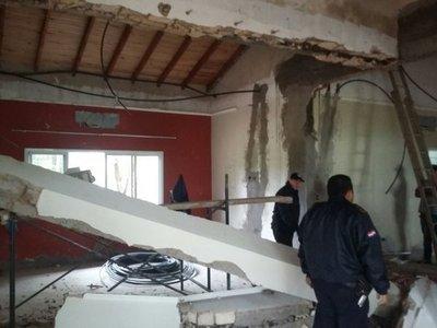Electricista muere aplastado en casa de senadora