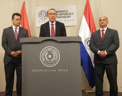 """Jefes y subjefes de SENACSA reciben """"sobresueldos"""" de frigoríficos, afirma Gneiting"""
