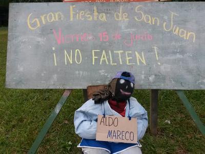 """""""Estirón de orejas"""" a director por Júdas kái de intendente en Cedrales"""