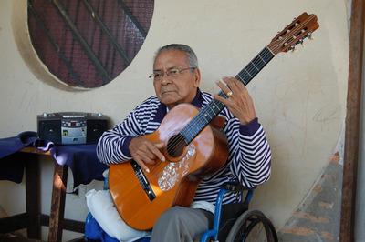 Fallece Efrén Echeverría, uno de los mayores músicos del Paraguay