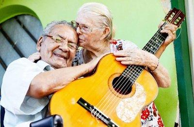 Se fue Kamba'i, pero su guitarra vivirá siempre