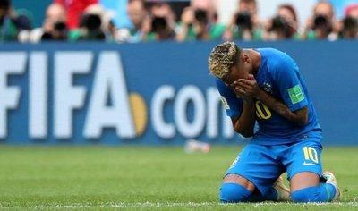 Emotivo Neymar se desahoga contra las duras críticas