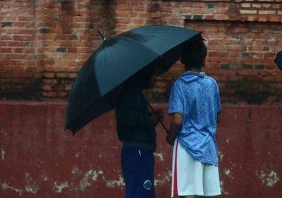 Meteorología emite alerta por lluvias intensas