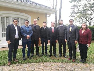 Marito se reunió con legisladores y juramento de Nicanor tiende a enfriarse