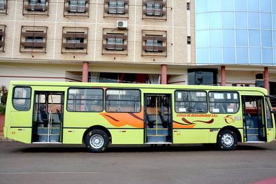 Buses ya cubren itinerarios entre barrios de Hernandarias