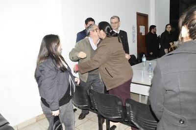 Ínfima condena de 8 y 5 años para cerebro del caso Forex y su esposa