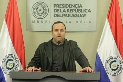 De Barros presentó informe