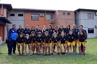 Equipo de nativas representará a Paraguay en torneo de fútbol internacional
