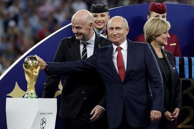 Trump felicita al campeón del Mundial y a Putin por la excelente organización