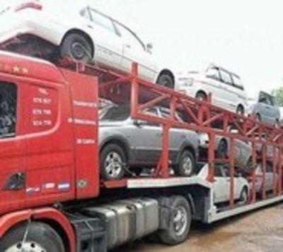 Buscan bajar a 7 años la antigüedad de autos usados a ser importados
