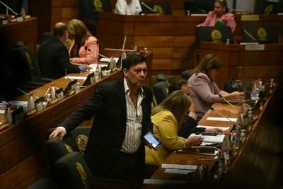 Legisladores percibieron más de un salario mínimo por día en viáticos