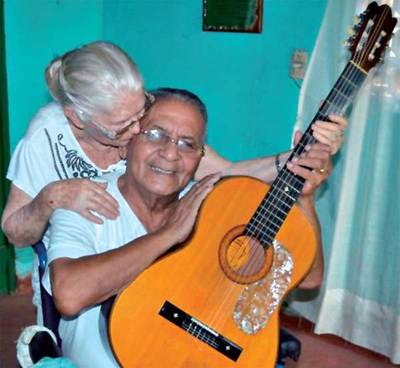 Sacan pensión a viuda de Kamba'i