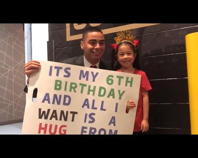 Una pequeña pidió un abrazo de La Anguila por su cumpleaños