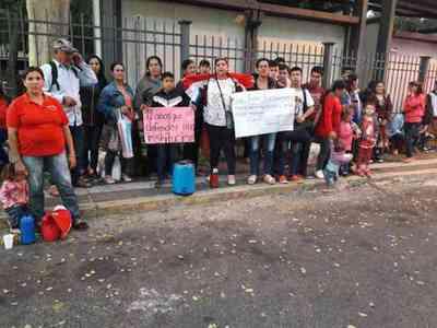 Familiares piden libertad del policía Benito Sanabria