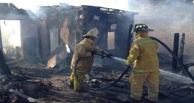 Lo denunciaron por violencia familiar y en represalia quemó su casa