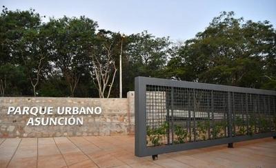HOY / Inauguran Parque Urbano frente al BCP