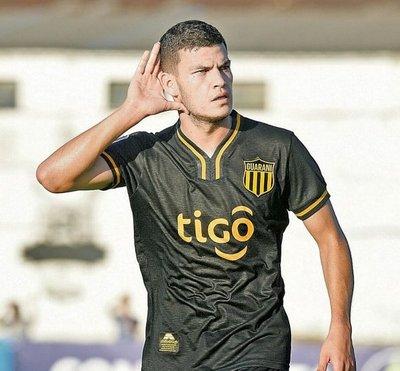 Huracán quiere a Rodrigo Bogarín